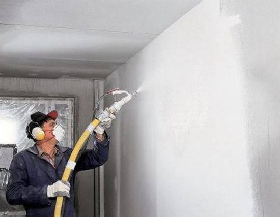 Особенности финишной штукатурки стен