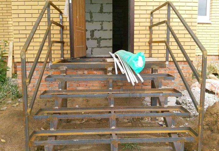 Как сварить крыльцо из металла своими руками для дома и дачи