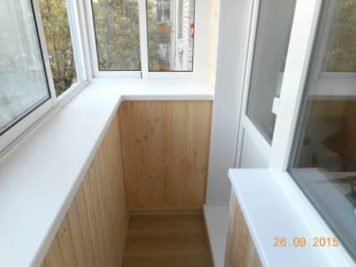 Установка окон на балконе и лоджии