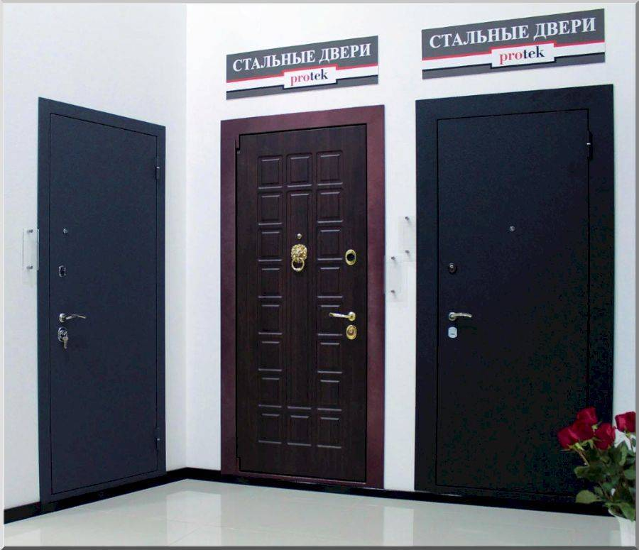 Как выбрать металлическую дверь: в квартиру, дом