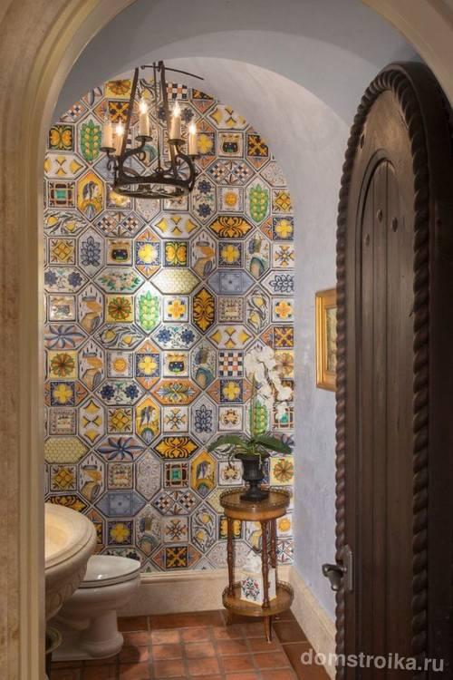 Марокканский стиль в интерьере кухни, ванной, спальни или гостиной и прочих комнат + нюансы оформления на фото