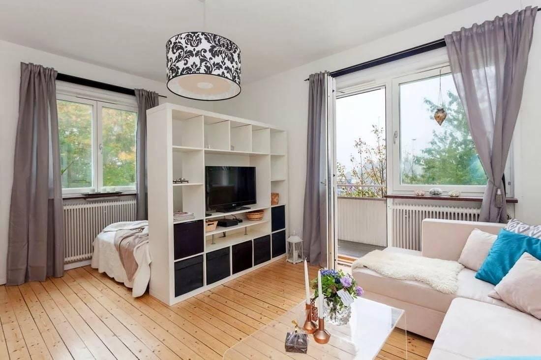 Перепланировка однокомнатной квартиры в двухкомнатную, в студию: как из однушки сделать двушку, способы, лучшие идеи и особенности реализации жилья с разными размерами (35, 40, 42 44, 52 кв. м)