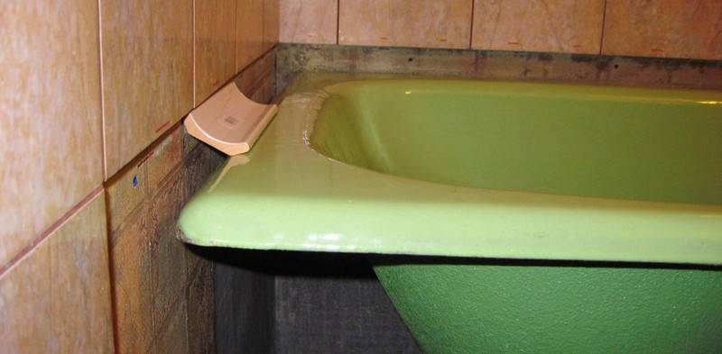 Заделка шва между стеной и ванной, как заделать, чем замазать