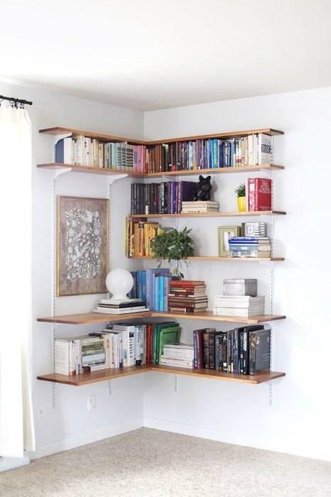Где хранить книги в маленькой квартире: 6 интересных примеров от квартблога