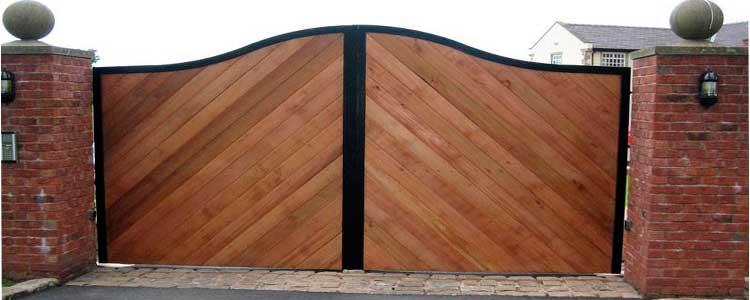 Деревянные ворота для дачи. как смастерить своими руками?