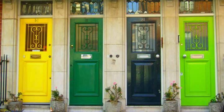 Как покрасить межкомнатные двери  не удаляя старую краску самому? - первый дверной
