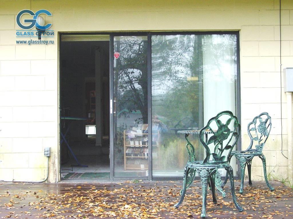 Стеклянная входная дверь: двойная алюминиевая в дом