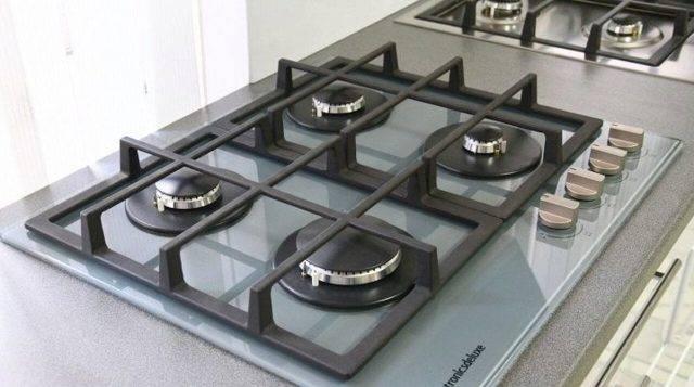Отличие индукционной варочной панели от электрической: какую поверхность лучше выбрать, чем отличается, разница и сравнение
