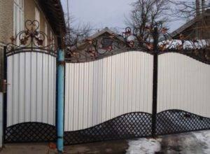 ➤ ворота из профнастила своими руками: фото + видео | мы строители ✔1