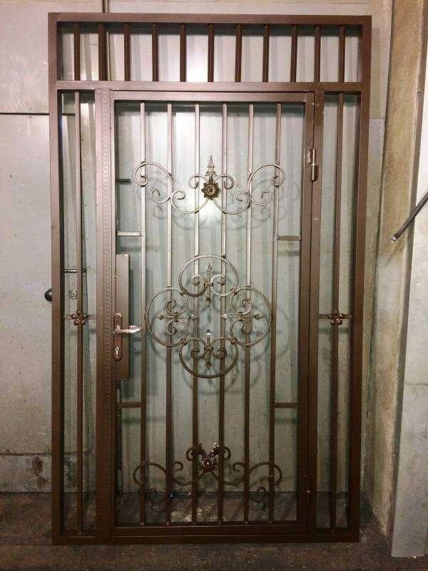Решетчатые двери