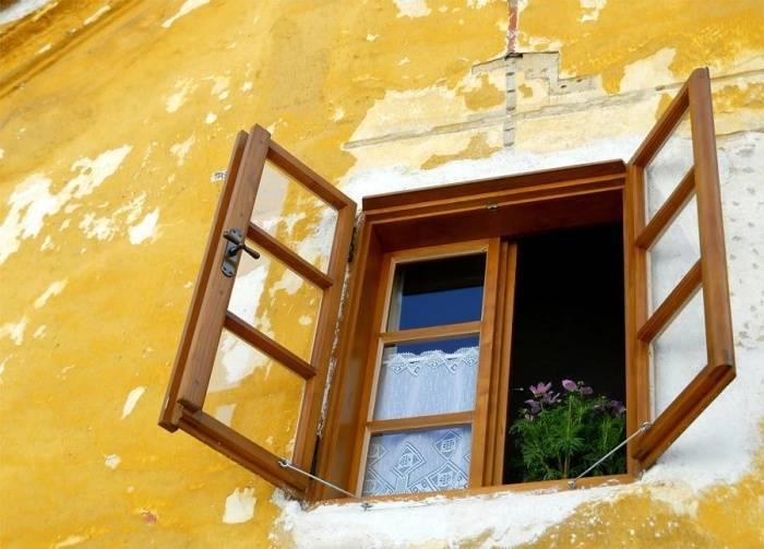 Замазка для окон: как пользоваться, приготовление в домашних условиях