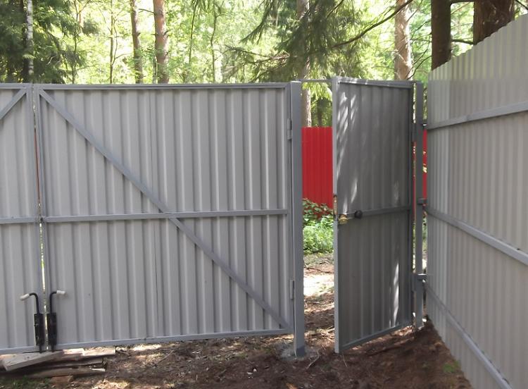 Ворота из профлиста своими руками: фотоотчет + видео