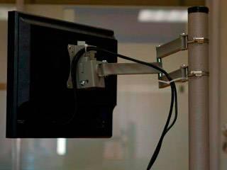 Как повесить телевизор на стену: инструкция с рекомендациями
