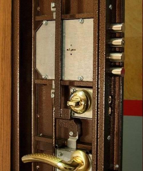 Установка металлической двери своими руками - пошаговая инструкция!