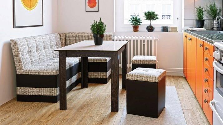 Кухонный уголок (100 фото): 8 уголков со спальным местом для маленькой кухни