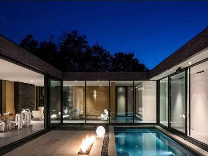 Проект дома с внутренним двориком