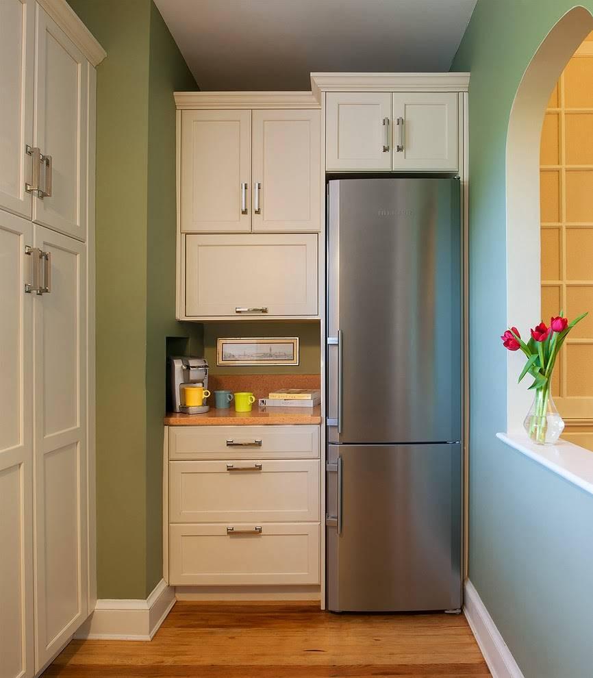 Дизайн маленькой кухни с холодильником: где установить холодильник на кухне, лучшие варианты размещения, 80 фото примеров