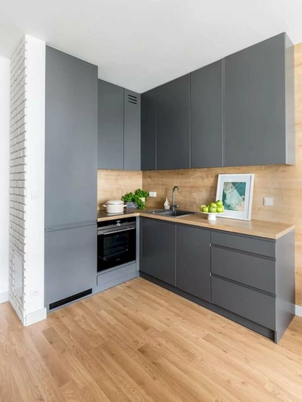 Натяжной потолок на кухне: за и против — объективный взгляд