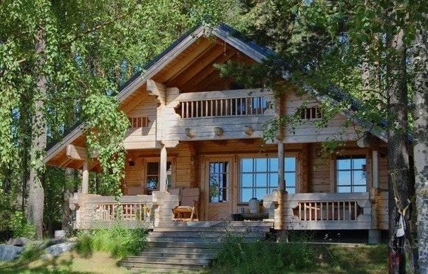 Дома в русском стиле (63 фото): проекты строительства деревянных и кирпичных коттеджей, направление рустик в интерьере загородного дома, красивые каменные варианты с резьбой