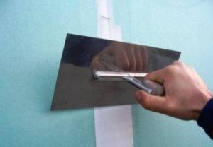 Как правильно заделать швы на гипсокартоне бумажной лентой