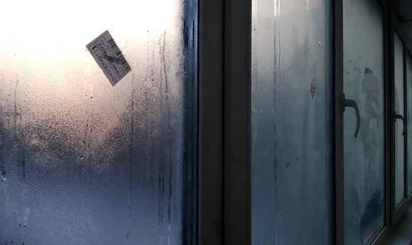 Почему запотевают пластиковые окна внутри – причины и способы устранения