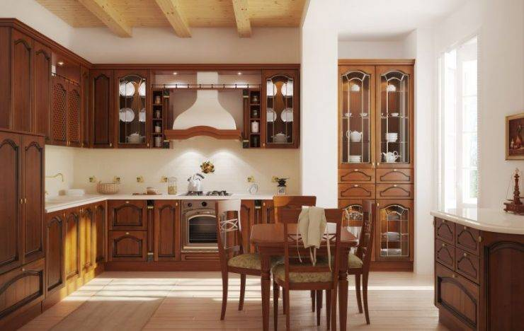 Интерьер деревянной кухни в старинном стиле своими руками