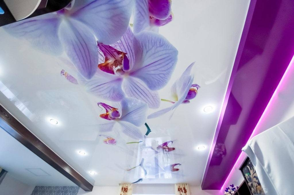 Дизайн натяжных потолков – внутренняя отделка и современные варианты оформления (70 фото-идей) – строительный портал – strojka-gid.ru