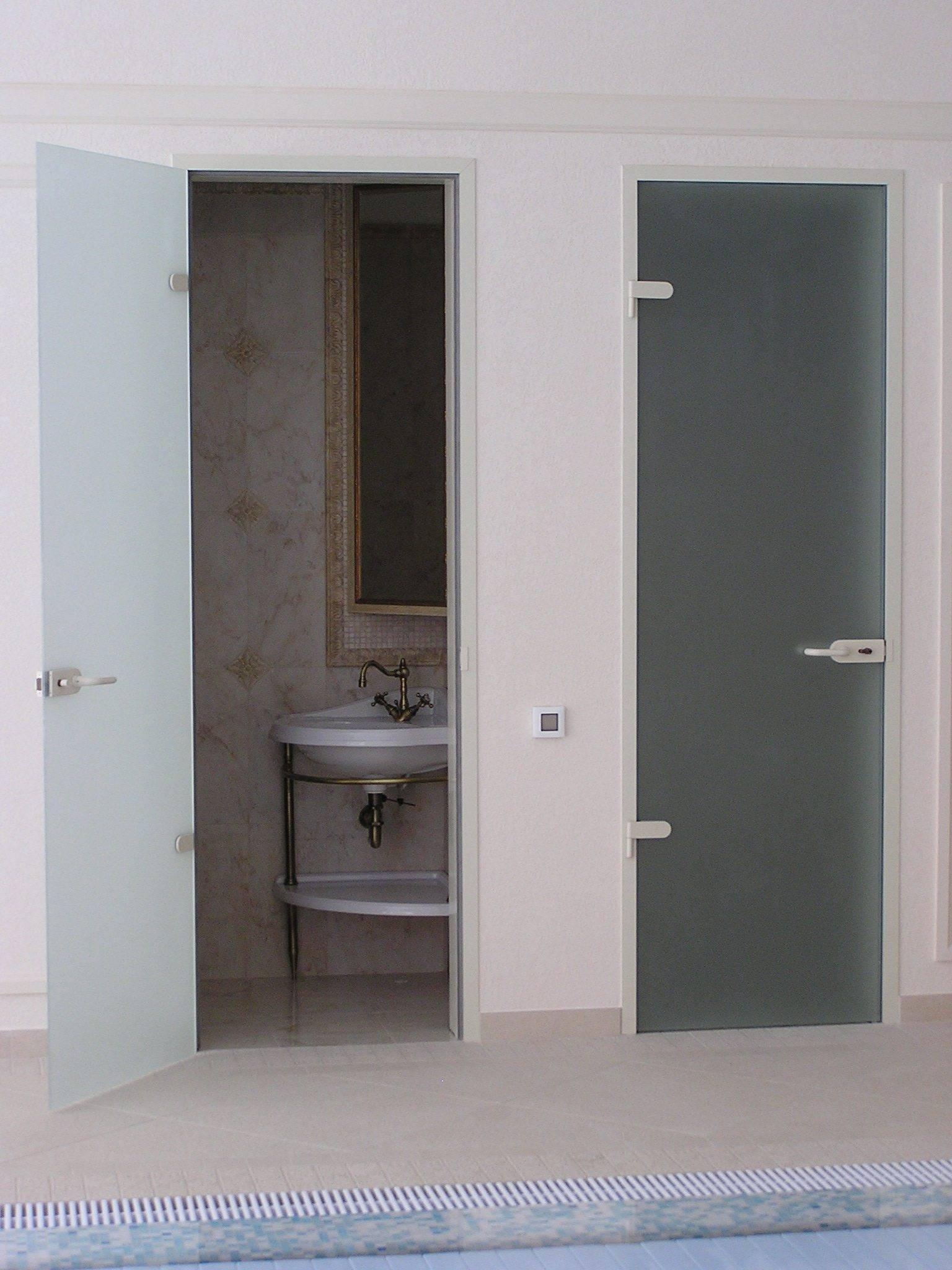 Какие двери лучше поставить в ванную и туалет - советы профессионала