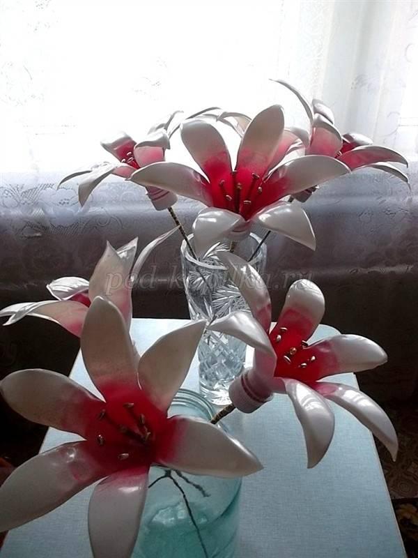 Поделка изделие моделирование конструирование цветы из пластиковых бутылок мк бутылки пластиковые