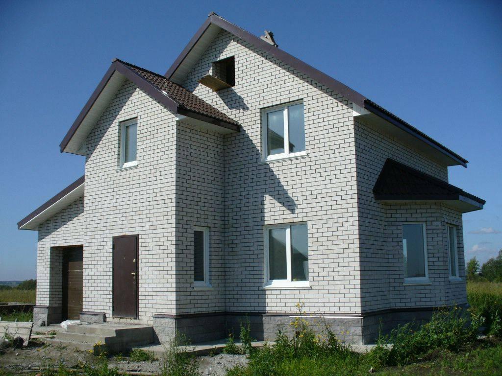 Дом из газобетона: поэтапный обзор процесса строительства