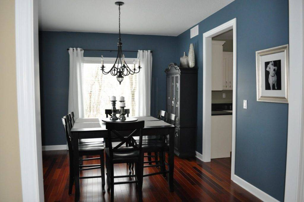 Как покрасить неровные стены в квартире: как это сделать без выравнивания поверхности с использованием обоев или текстурного состава, какие применяются стили?