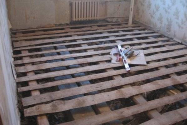 Ремонт пола в квартире: варианты замены пола в деревянном доме поэтапно своими руками, как поднять напольное покрытие в «хрущевке»