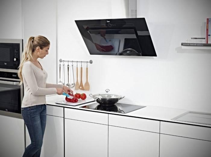 Выбор и установка вытяжки для газовой плиты