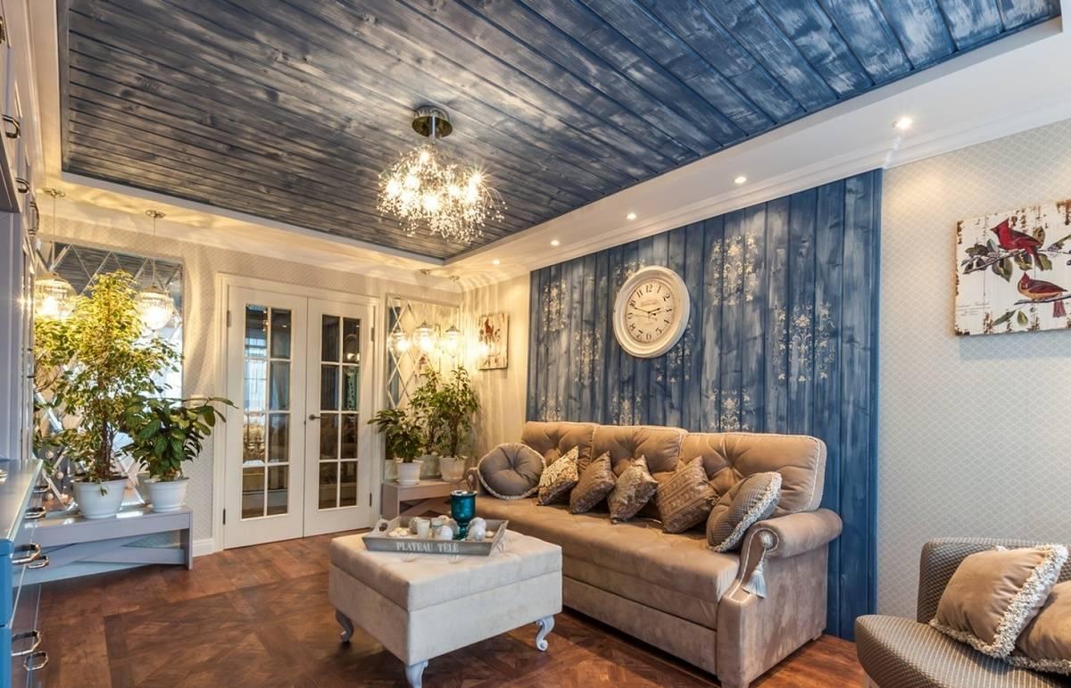Вагонка в интерьере гостиной в доме — свежие идеи и дизайнерские решения 18 фото