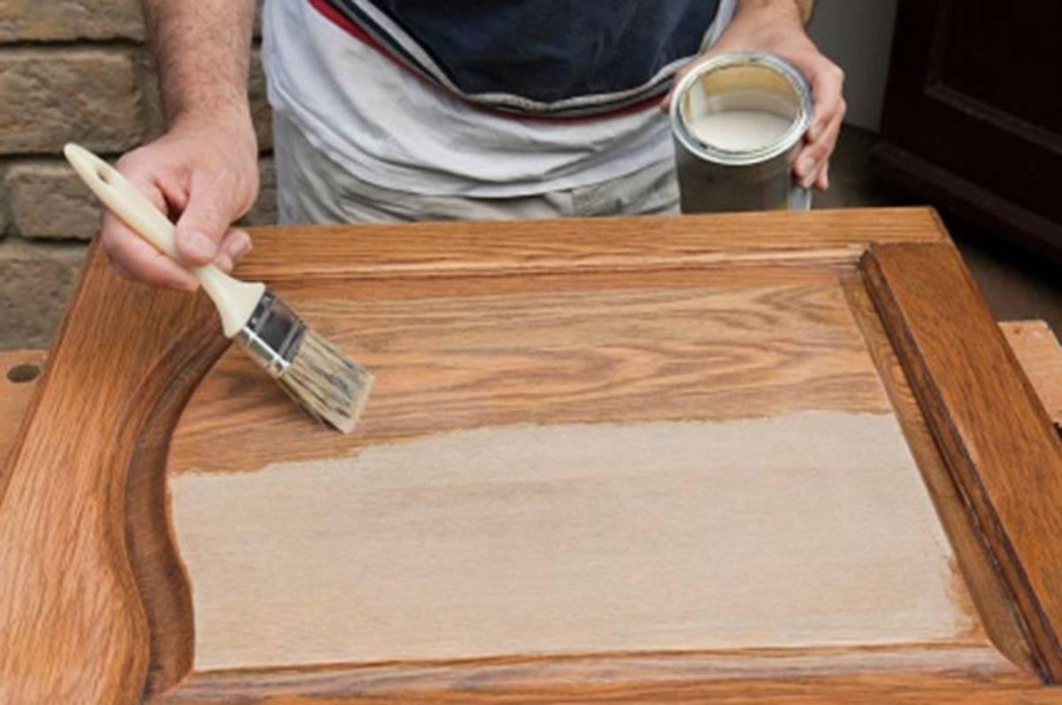 Как покрасить деревянную дверь: технология покраски своими руками | двери дома