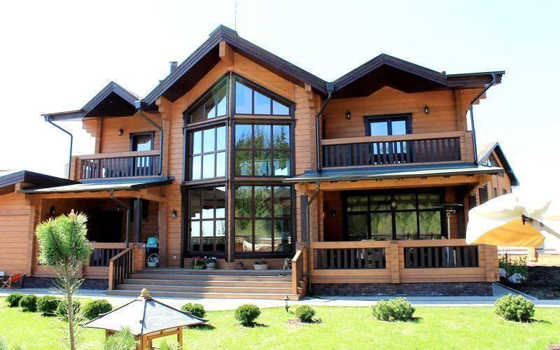Дом с эркером - 115 фото красивых вариантов и особенности применения архитектурного элемента