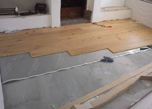 Как правильно укладывать ламинат на бетонный пол + видео
