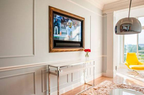 Как оформить в интерьере стену с телевизором?