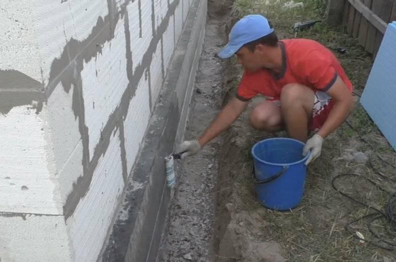 Нужно ли утеплять фундамент дома без подвала и зачем это делать