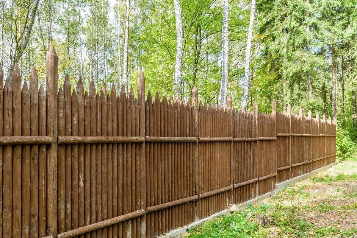 Деревянный забор своими руками - инструкция пошагово!