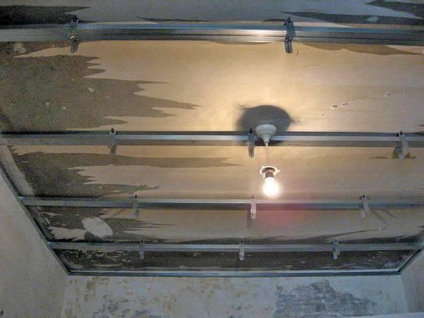 Установка реечного потолка своими руками: инструкция и видео