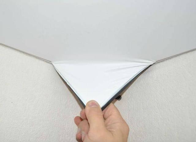 8 советов, как выбрать натяжной потолок: материал и цвет