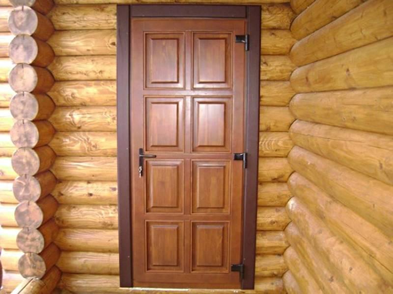 Как утеплить входную дверь в частном доме своими руками?