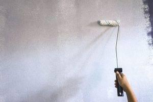 Грунтовка стен под шпаклевку