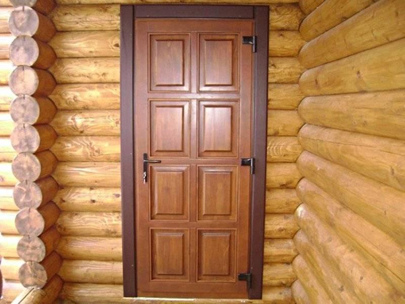 Как утеплить входную деревянную дверь в частном доме своими руками?