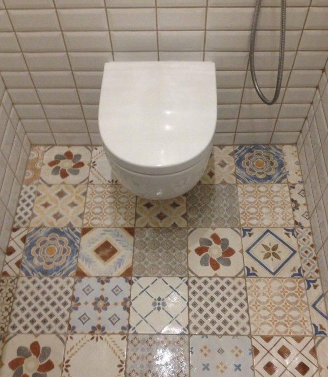 Укладка плитки в ванной – советы как класть напольную плитку правильно своими руками в ванной комнате