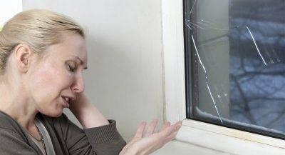Запотевают пластиковые окна в квартире: что делать для устранения проблемы?