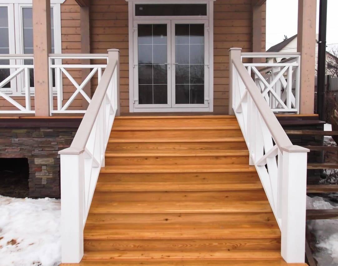 Как сделать деревянную лестницу своими руками: видео-инструкция по монтажу, особенности простых уличных конструкций, для веранды, цена, фото
