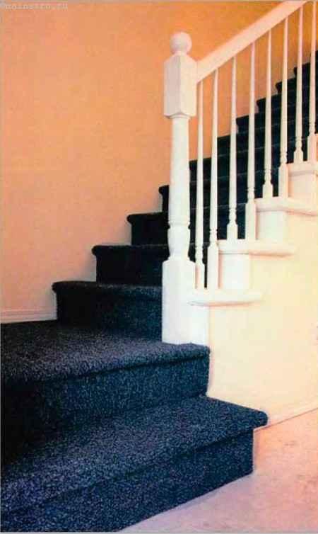 Ступени из ковролина: как положить на лестницы