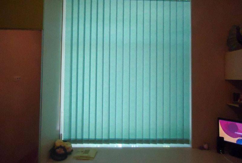 Варианты и идеи оформления окна шторами в детской комнате